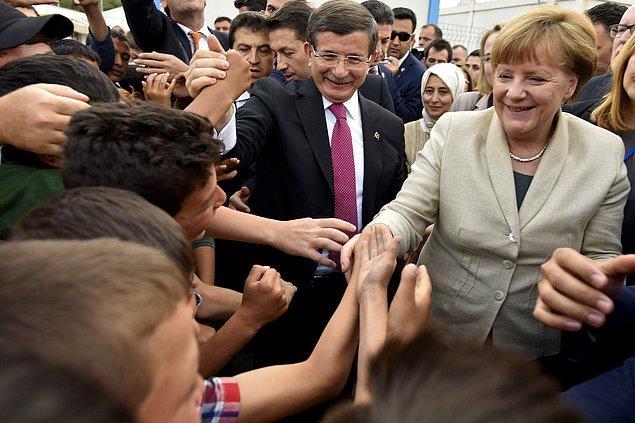 Merkel ve Davutoğlu 23 Nisan'da ziyaret etmişti