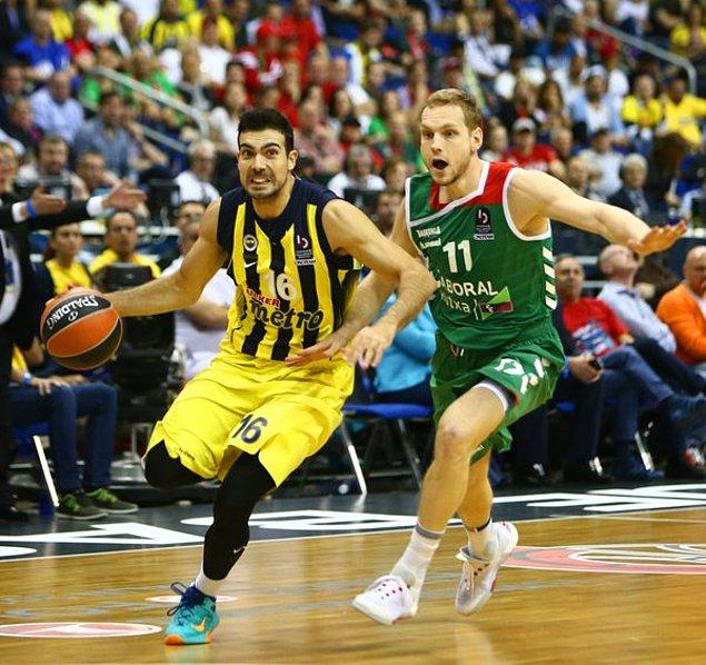İlk Yarı Sonucu  | Fenerbahçe 41-40 Laboral Kutxa