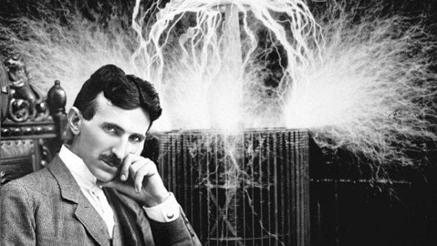Tesla Yöntemi: 2 saat gece uykusu ve gün ortasında 1 kez 20 dk öğlen uykusu