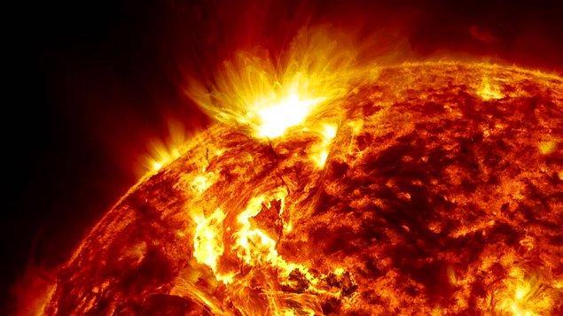 37. Güneş her yıl ağırlığından 360 milyon ton kaybetmektedir.
