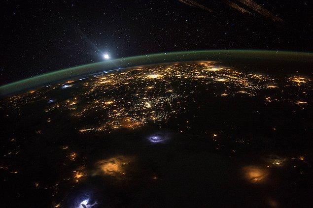 1. 94 Işık Yılı Mesafeden Dünya'ya 'Çok Güçlü' Bir Sinyal Geldi
