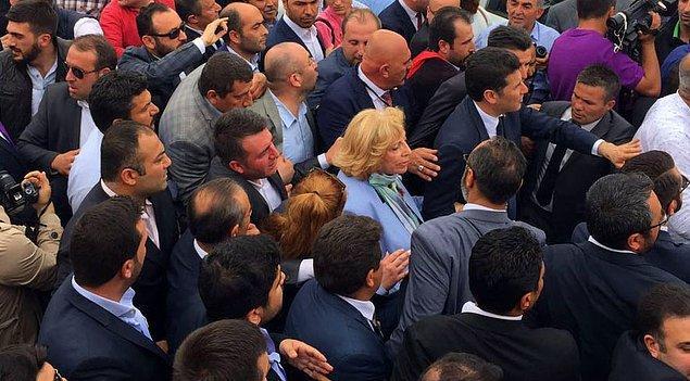 Türkeş'in kızı da adaylarla birlikte geldi