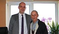 Türkiye'de bir ilk! 84 yaşında böbrek kanserini yendi