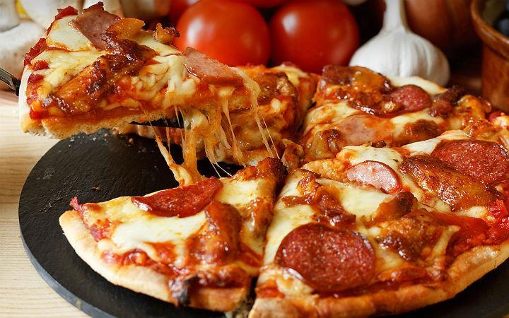 Bol Malzemos Pizza İncecik Videosu