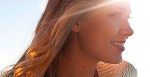 Saçlarda Tropikal Güneş Işığı Etkisi: Sunkiss Tropical