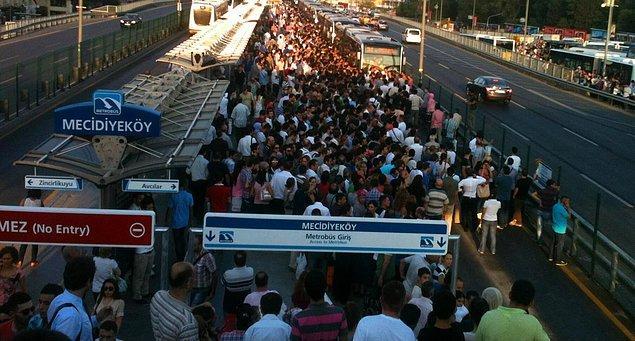 Metrobüs'te tanışacaksın!