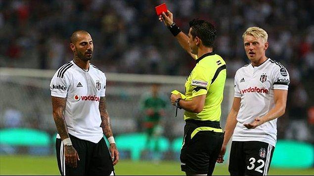 Şampiyon Beşiktaş'ta tek kırmızı kart