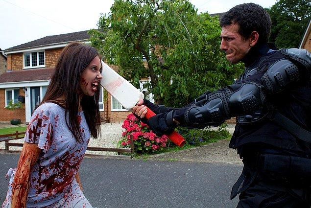 """Yusuf önümüzdeki günlerde ise TV filmi olan """"I Dream of Zombies"""" isimli zombi komedisinin başrolünde karşımıza çıkacak."""