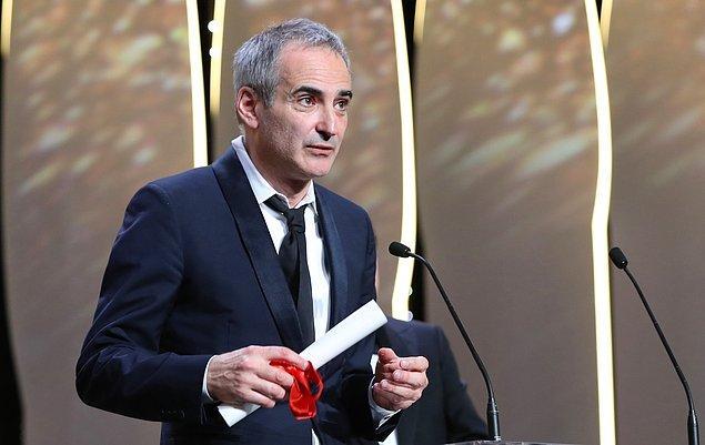 En iyi yönetmen ödülü, Personal Shopper filmiyle Fransız Olivier Assayas'a ve