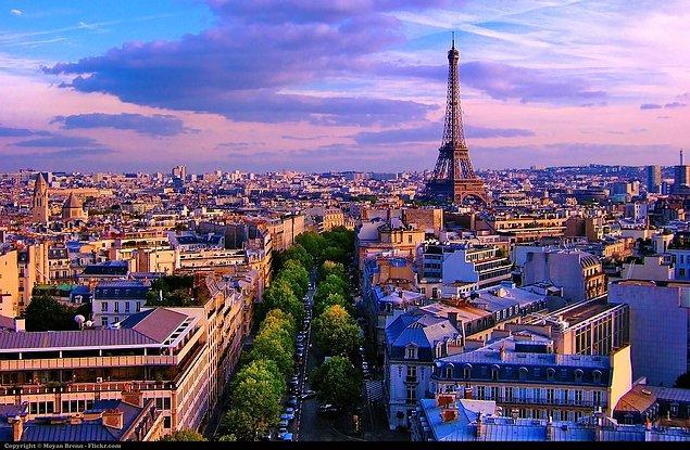 İlk maç Paris'te