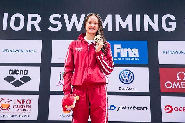 1. Bizi gururlandıran ilk ismimiz Türk spor tarihine geçen başarılarıyla milli yüzücü Viktoria Zeynep Güneş