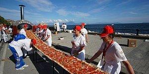Жевать-не пережевать: самая длинная в мире пицца!