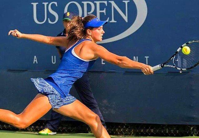 ABD Açık Tenis Turnuvası'nda genç çift kadınlarda  Türkiye'ye ilk Grand Slam şampiyonluğunu da getirdi.