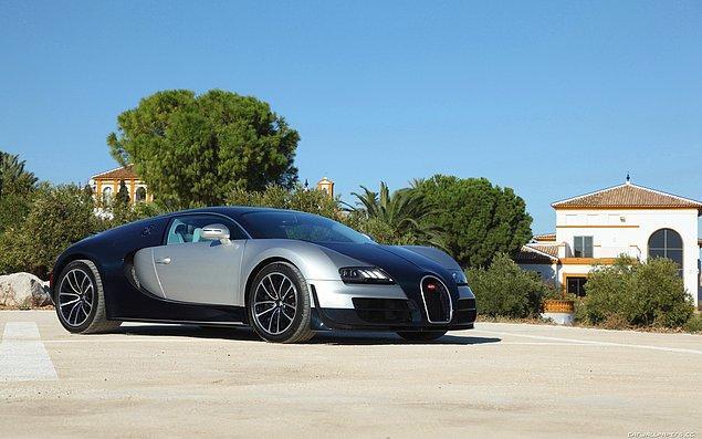 2) Bugatti Veyron 16.4 Super Sport