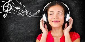 Muhtemelen Çok Fazla Bilmediğiniz Birbirinden Harika 25 Türkçe Şarkı