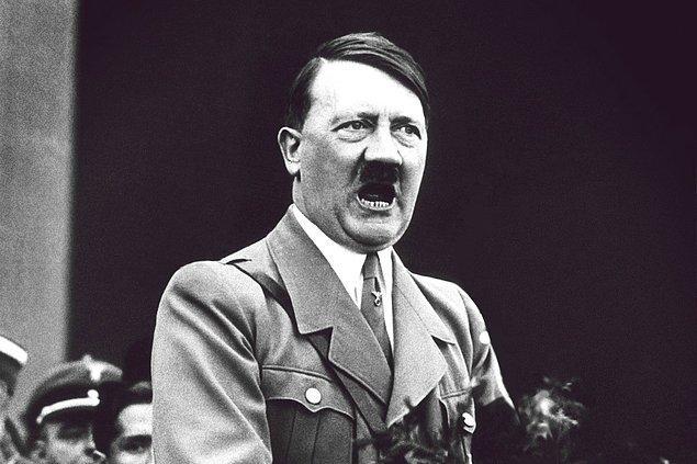 Daha büyük bir tarihi kişiliğe geliyoruz. Kendisi Adolf Hitler.