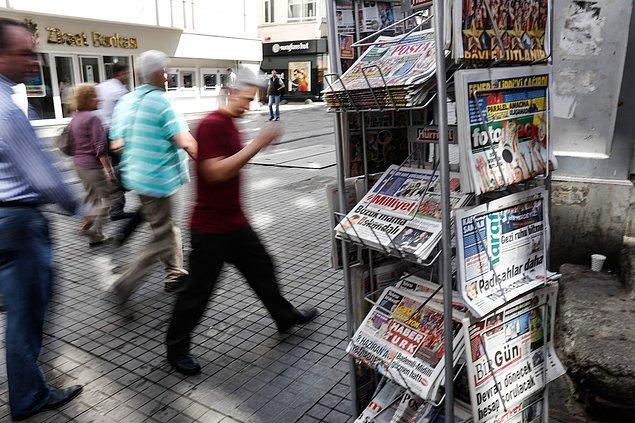 'Sadece yılın ilk 4 ayında 900'e yakın gazeteci işini kaybetti'