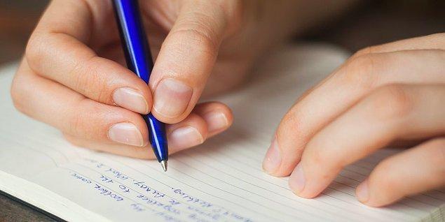 12. Önemli başarımlarınızın bir listesini çıkarın.