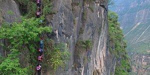 Çileli Yolculuk! Çinli Öğrenciler, Okullarına Gitmek İçin 800 Metre Yüksekliği Aşıyor