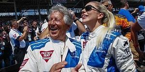 Lady Gaga, Efsane Yarışçı Mario Andretti ile Indy 500'de Direksiyon Başına Geçti