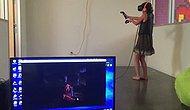 Sanal Gerçeklik Gözlüğü ile Zombi Oyunu Oynayan Kadının Korkudan Titrediği Anlar