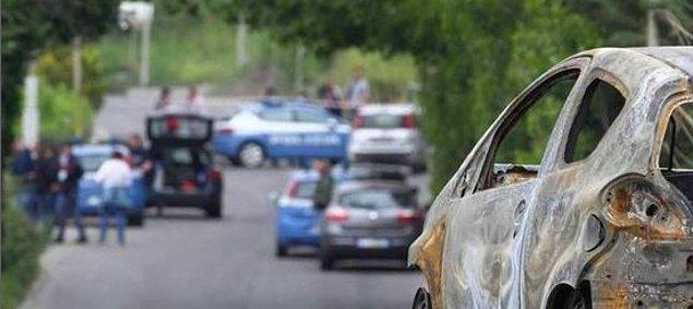 Sara Di Pietrantonio'nun eski sevgilisi onu takip etti ve ardından arabasına çarparak sağa çekmesi için zorladı
