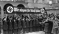 Milyonlarca İnsanın Katili Adolf Hitler'in 17 Propaganda Afiş ve Pankartı