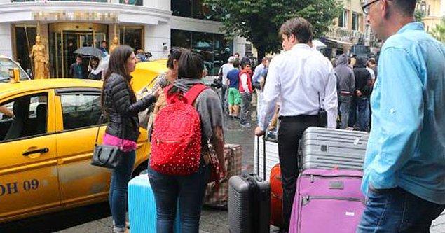 Saldırının ardından turistler otellerini terketti