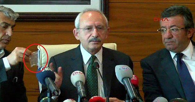 Kılıçdaroğlu basın açıklaması esnasında kendisine atılan kurşunu da gösterdi