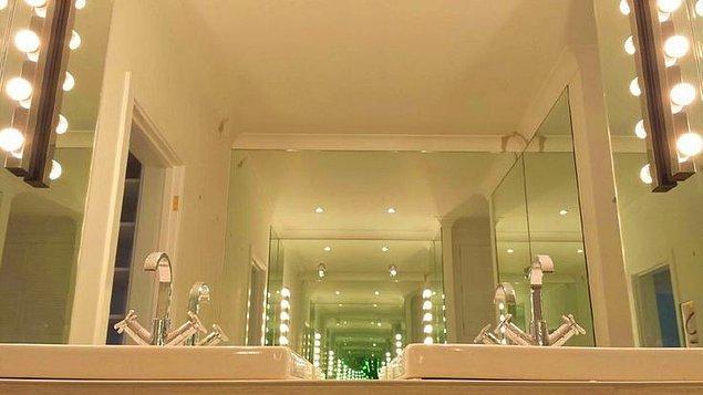 8. Aynanın Gerçek Rengi Nedir?
