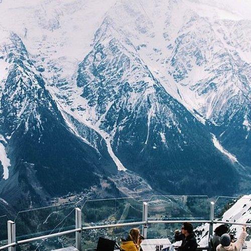 Le Panoramic | Mont Blanc eteklerindeki Chamonix kasabası, Fransa.