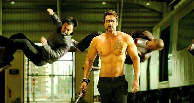 7. Hollywood aksiyon filmlerinde kahraman 2 metre zıplayıp 5 kişiyi öldürür. Bollywood aksiyon filmlerinde kahraman 4 metre zıplayıp 10 kişiyi öldürür.