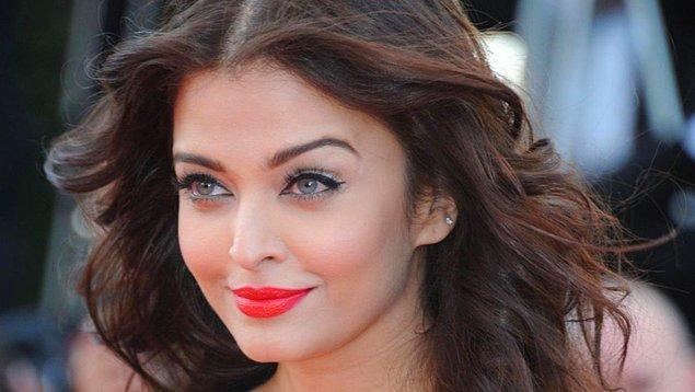 16. Hollywood'da aktrisler zayıf, uzun boylu ve fittir. Fizikleri kusursuzdur. Bollywood'da ise aktrisler 0 beden değildir. Yüz güzelliği daha ön plandadır.