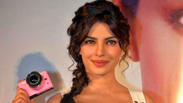 20. Birçok Bollywood yıldızı hem Hollywood'da hem Bollywood'da çalışmıştır.