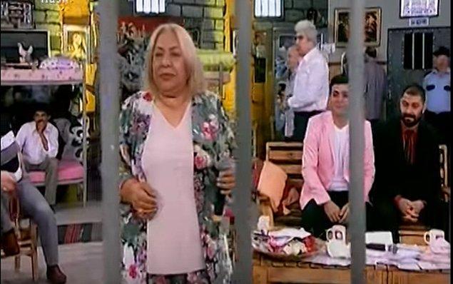 Flash TV'nin hapishane konseptli talk show programı Dilberay'la Kader Mahkumları