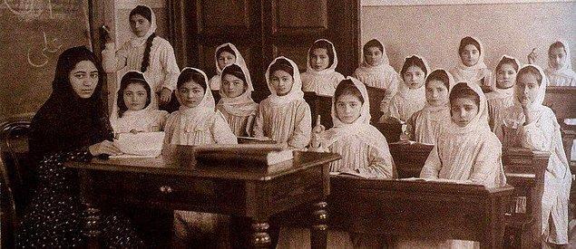 4. Müslüman Doğu'sunda ilk kızlar okulu