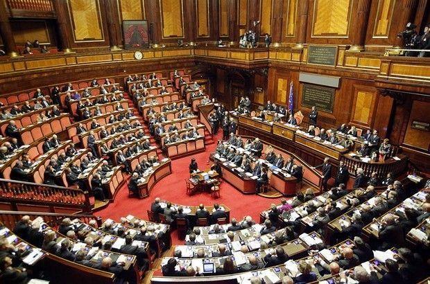 Birle ik krall k m b y k britanya m ngiltere mi u for Numero deputati parlamento italiano