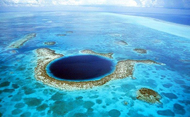 Talassofobi tanım olarak deniz ve okyanus gibi engin su kütlelerinden korkma durumu olarak biliniyor.