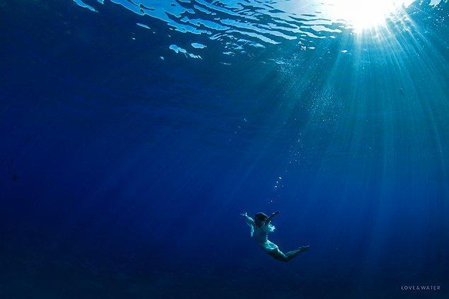 Son iki durum geçerliyse problem yok, ancak ilk durum varsa ve gerçekten de bu fotoğraflar veya denizin kendisi sizi dehşete düşürüyorsa, bu fobiye sahip olabilirsiniz.