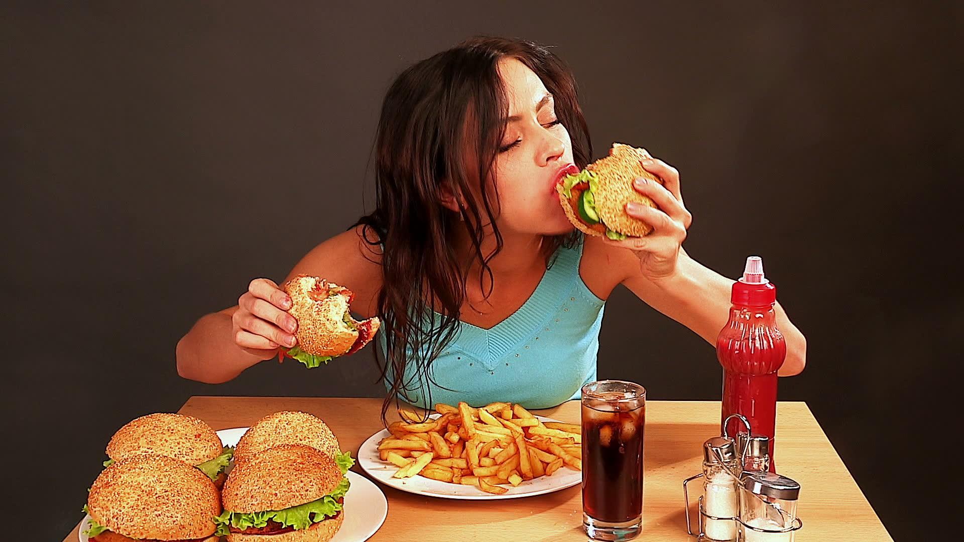 Mütemadiyen Aç Olup Bu Duruma Asla Bir Son Veremeyenlerin Anlayacağı 13 Durum