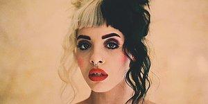 Sevimli, Bir O Kadar da Karanlık: Melanie Martinez!