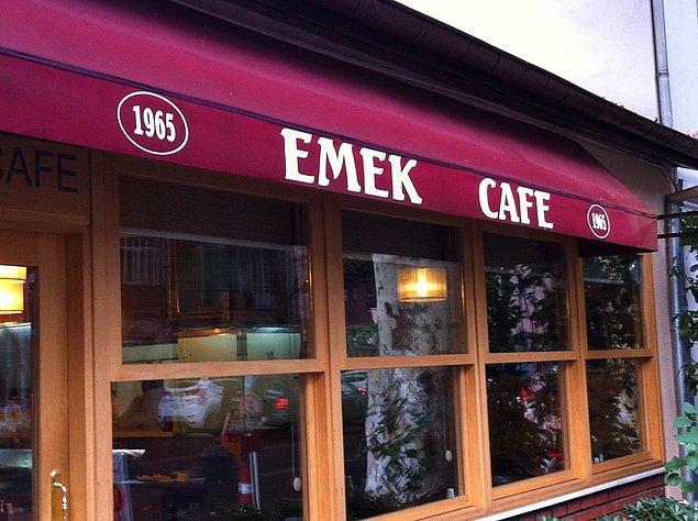9. Yeniköy Emek Cafe