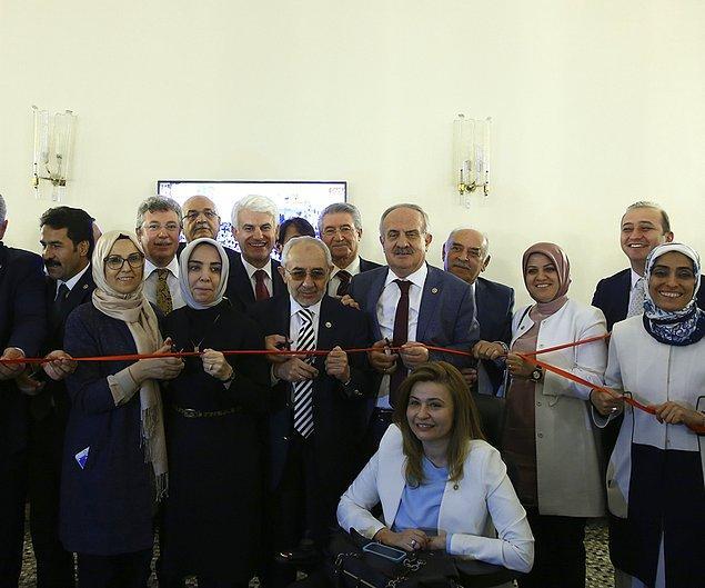 Meclis'teki AKP'li vekiller de 'gıyabi açılış' yaptı