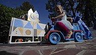 Американец построил для внуков мини-Диснейленд во дворе своего дома