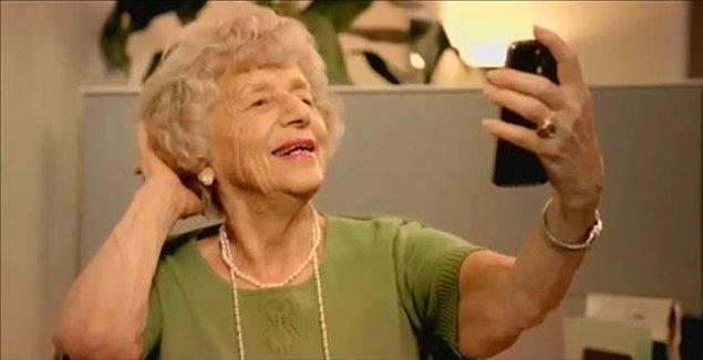 8. Kuaför sonrası olmazsa olmaz selfie.