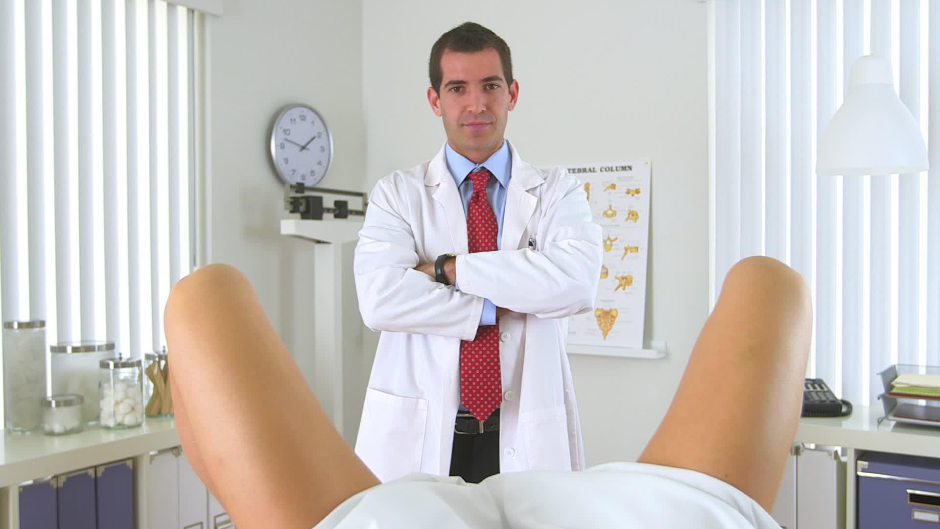 гинеколог мужчина и пациентка