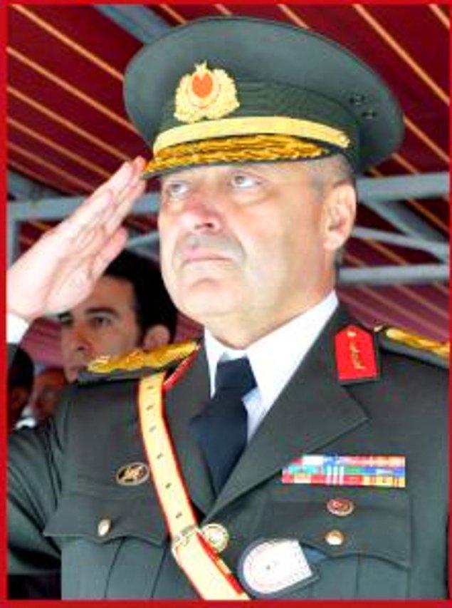 15. Piyade Eğitim Tugay Komutanı Tuğgeneral Mustafa Yılmaz