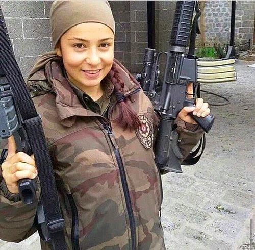 مناورة لأفراد الشرطة الخاصة التركية S-3c11f5ff819151cd0e40a9d23e7f7a0ae9a1dd4d