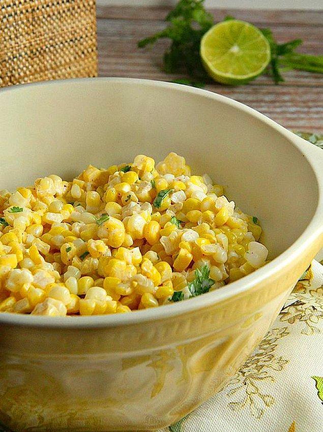 4. Misket Limonlu Mısır Salatası Tarifi