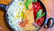 Yaz Sıcaklarında Bir Sürü Yemek Yapma Zahmetinden Kurtaracak 13 Hafif Makarna Tarifi